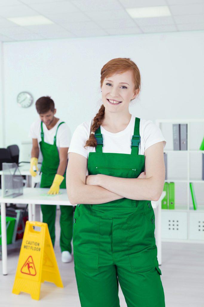 limpiadora-especializada-oficina